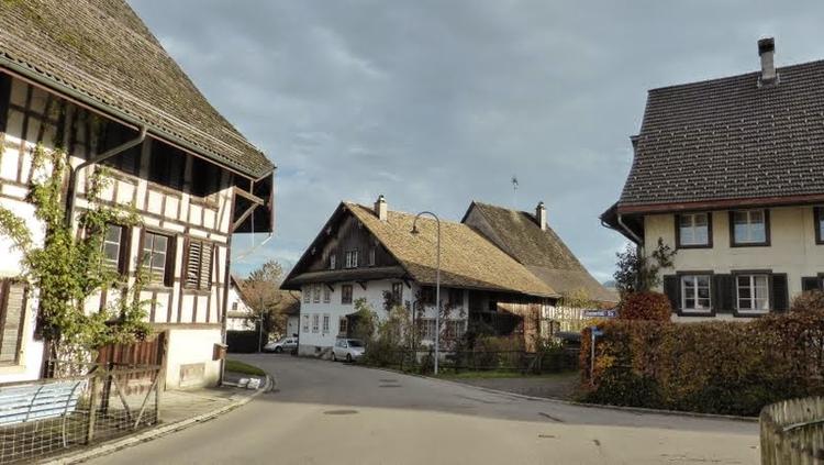 Rifferswil beim Dorfeingang Hauptikon